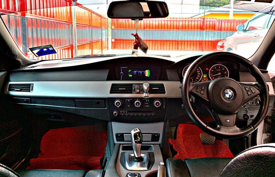 SEWA BELI>>BMW E60 525i LCI 2.5 M-SPORT HIGH SPEC SUNROOF 2009