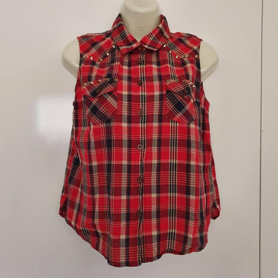 Size 10 Euc Valleygirl red check sleeveless button up studded shirt