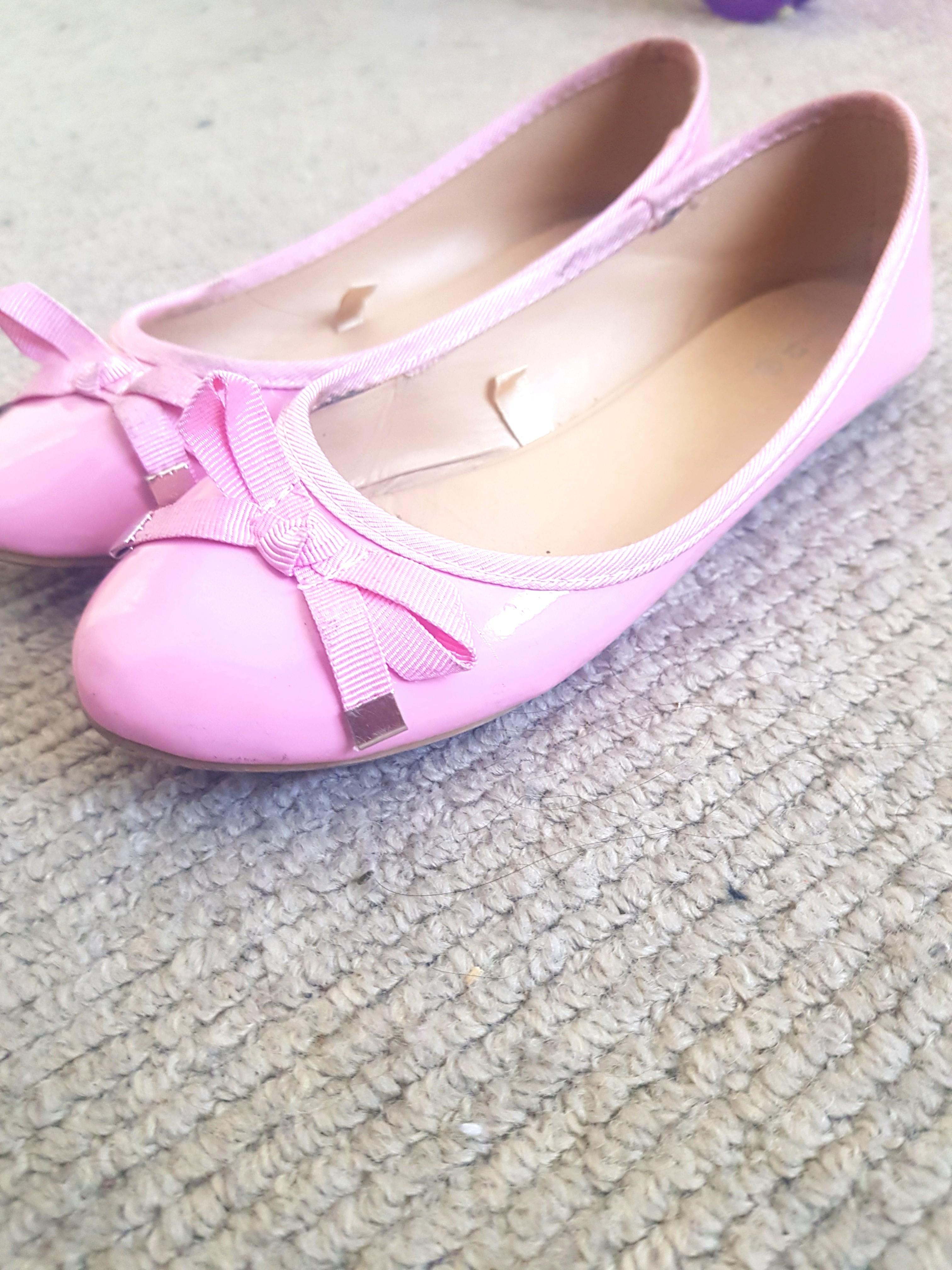 Size 13 light pink patent ballerina flat girls shoes