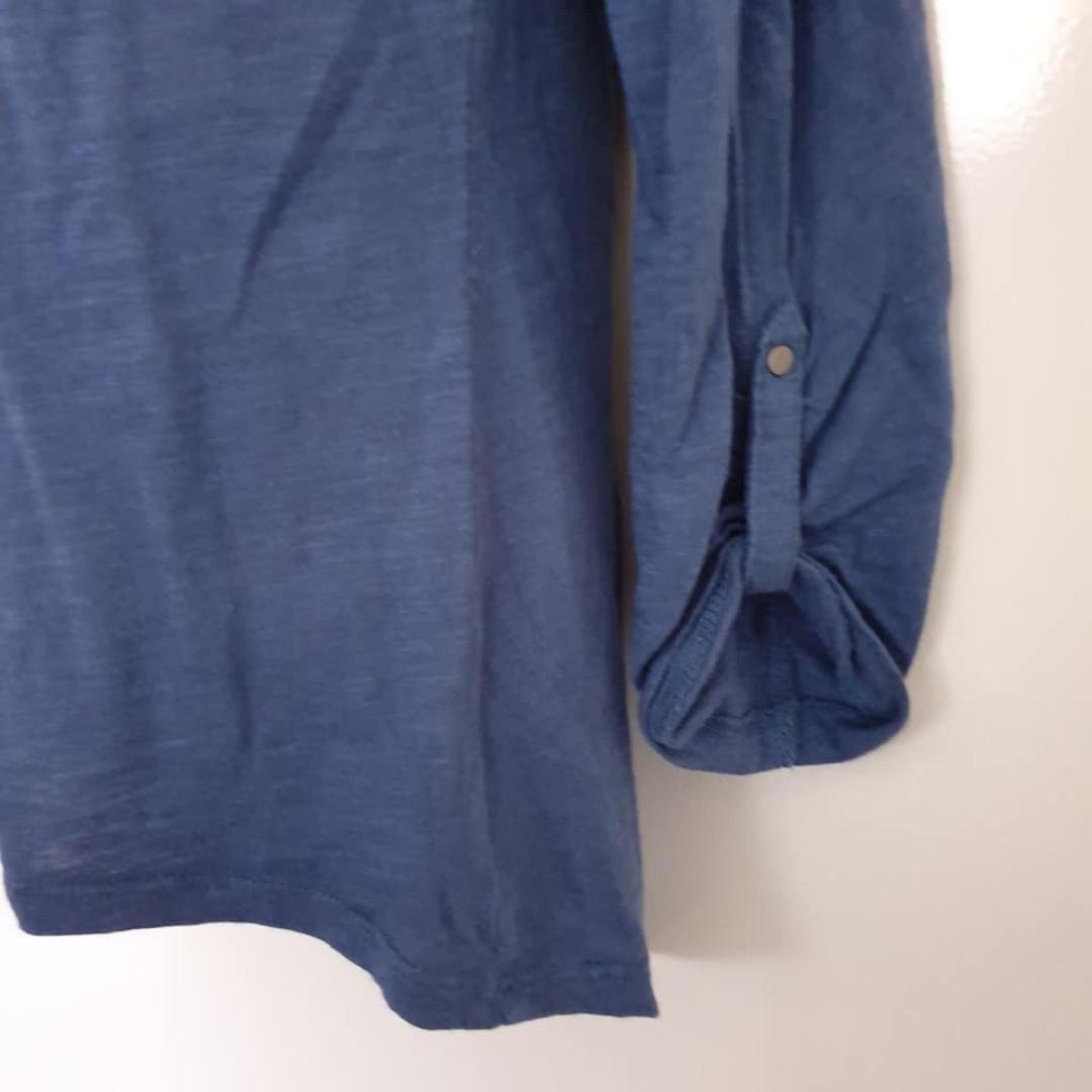 Size 8 Guc Hot Options Target worn look 3/4 sleeve top button up