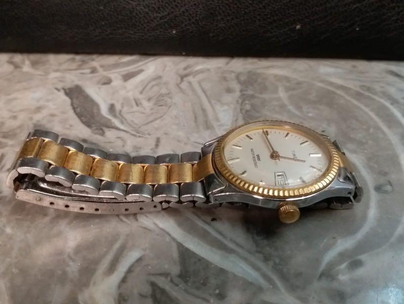 Timex 男庄机械日曆上鍊手錶連原廠錶帶32mm(335)