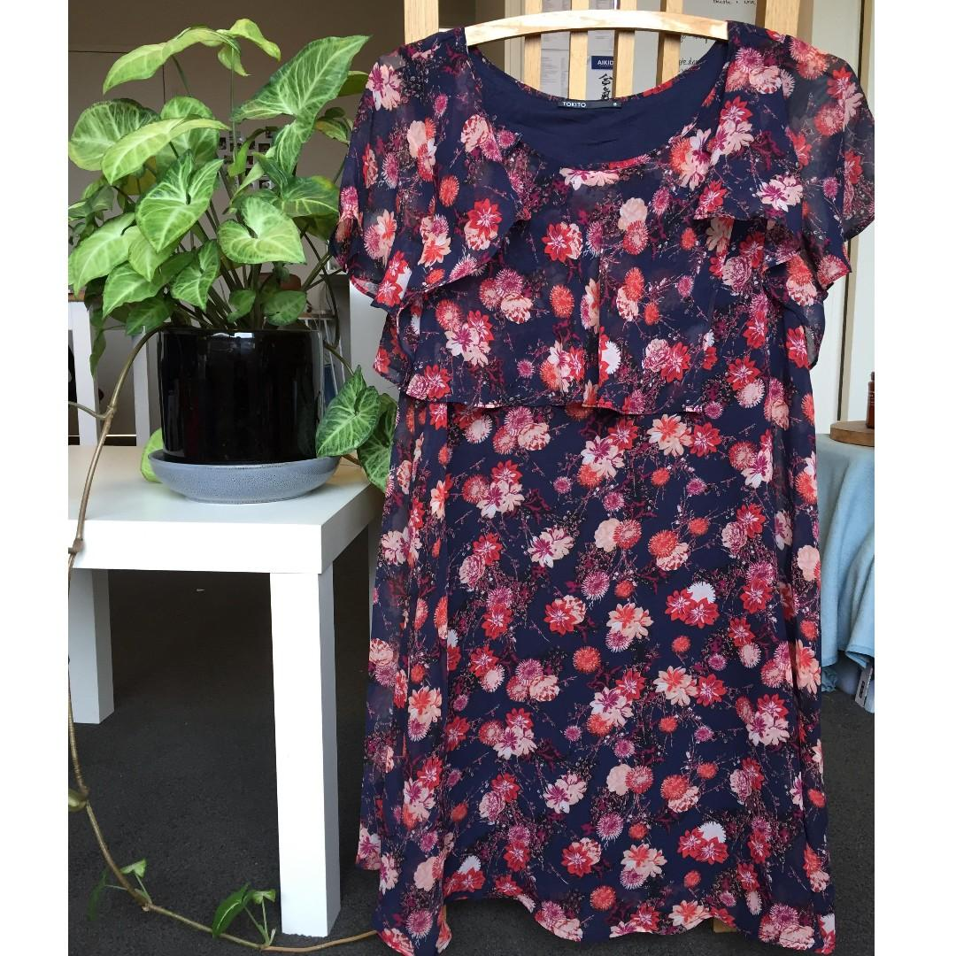 Tokito Women's Size 8 Floral Cocktail Dress - Fun, Easy, Comfortable and As New!