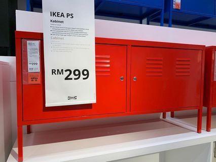Ikea low shelf - 1 year old