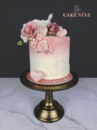 Mother's Day Flowers Cake