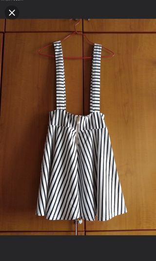 BN Korean Ulzzang Suspender skirt!
