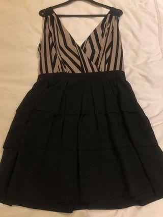 One piece dress with duo colors