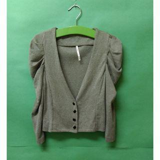 全新-正韓製-造型袖打摺設計公主袖V領排釦棉質小外套/西裝外套