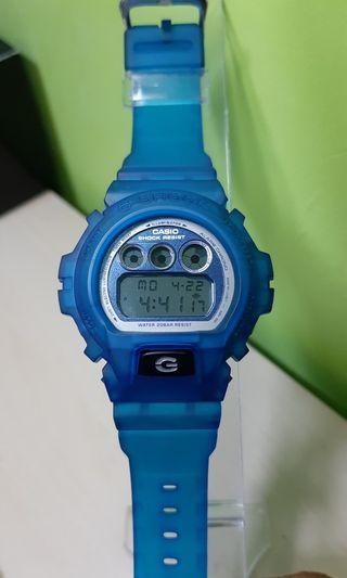 G-SHOCK Dw6900mf2