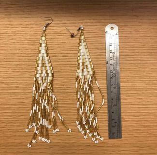 Topshop beaded earrings 民族耳環