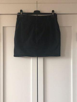 Black skirt, M by Mendocino, size M