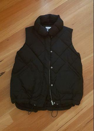 Country Road Black Puffer Vest size Small