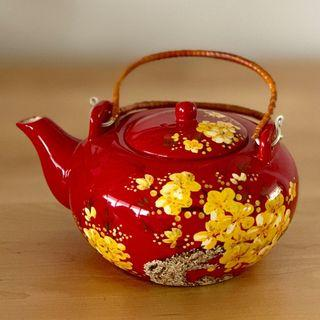 Chinese Tea Set Red w. Cherry Blossom (Tea pot & 6 cups)