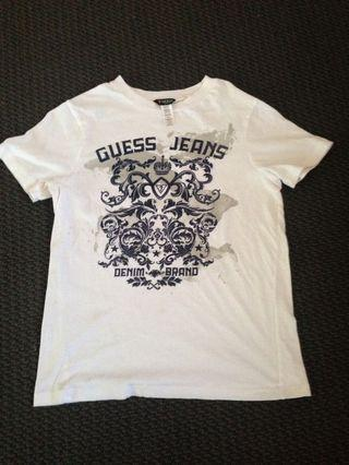 Ladies guess tshirt