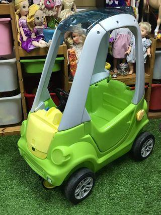 Step2 Toddler Outdoor Push Ride On Toy Car for Kids Easy Turn Coupe in Green