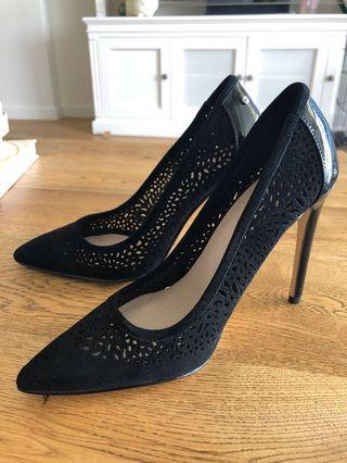 FREE SHIPPING Mimco Black Heels