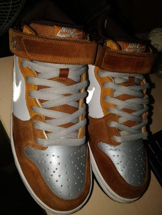 newest dc599 7b245 Looking   Buying SB Dunks High Mid Low size 9.5