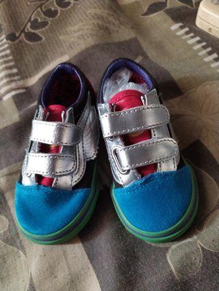 31da453305c12f Vans kids shoes