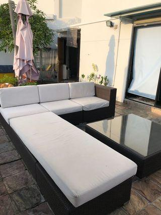 🚚 Outdoor sofa set