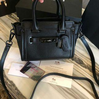 Coach Swagger Soblack FULLSET BOX  In Peeble Leather