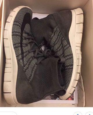 Nike Flyknit Mercurial Mens Running Trainers Grey Shoes