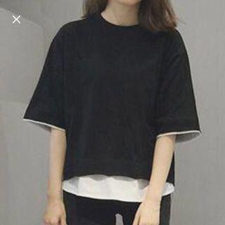 Black basic Tee/ T-shirt/ Plain Top/ Oversized Top/ Comfortable Top/ Black and white Tee/ Round collar tee/ Casual Tee / High-low