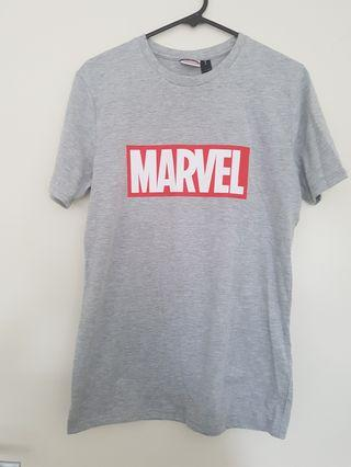 Marvel T- Shirt - Size XS Mens (Small womens)