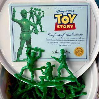 綠兵 桶裝 TOYSTORY 72隻 附證書 舉槍 槍枝 玩具總動員 迪士尼 皮克斯 動畫 軍人 士兵