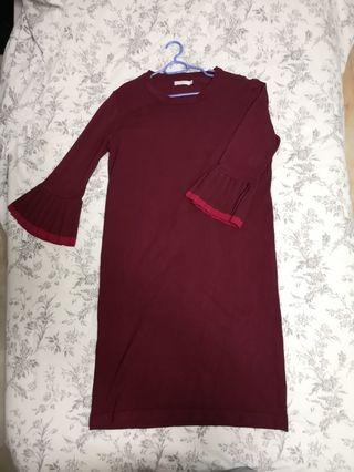 🚚 Maroon knitted shift dress