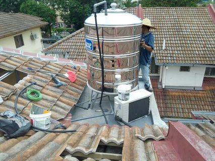 Pasang singki. Bersihkan singki. Baiki bumbung bocor. Gombak