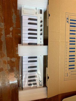 Yamaha CS1X - Vintage first Analog Emulation Synthesizer
