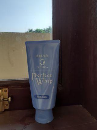 Facial wash Senka perfect whip 120gr
