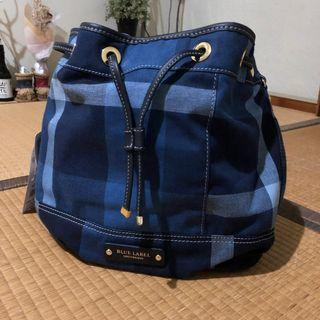 e4c0811d1473 Blue Label Crestbridge bucket bag