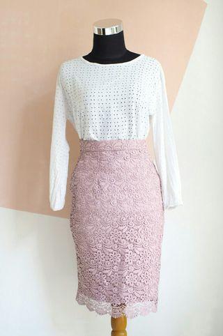 Lace Skirt Uniqlo