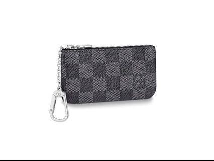 f9d9bec0f7ab Louis Vuitton pochette cles