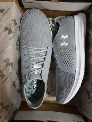 New Authentic Under Armour Running Shoes