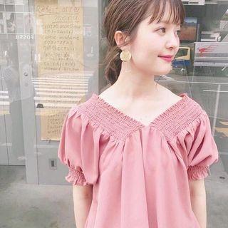 可露肩兩穿💖日系Mys大V泡泡袖上衣 Japan fashion deep v neckline puff sleeve blouse top