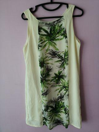 🚚 Yellow Green Printed Dress
