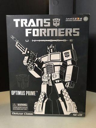 Hasbro Transformers Optimus Prime Deluxe Class SE-01