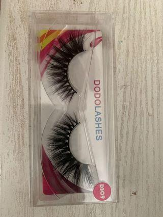 Dodo Lashes Style D309