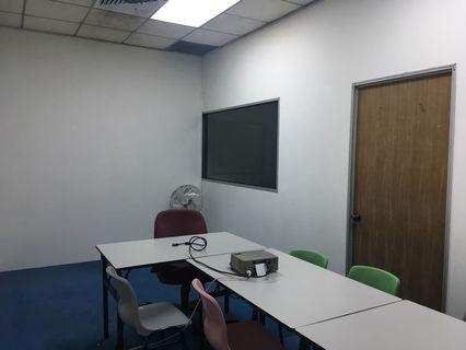 Office at IMM for rent