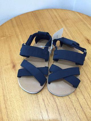 Sandal Yeezy, New