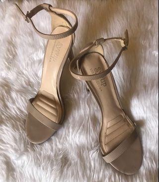 SALE!!! Nude high heels sandals