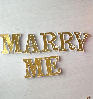 Marry Me light (Gold)