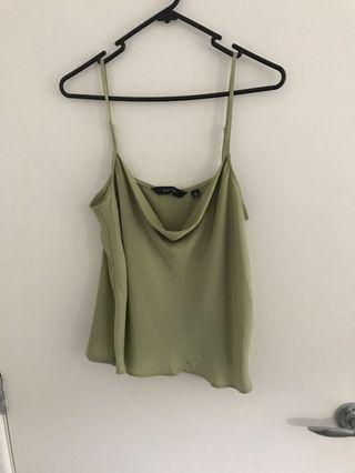 Glassons top size 8