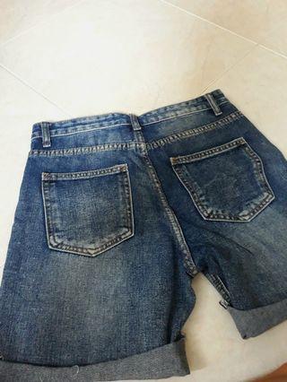 Blue jean hole shorts