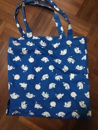 FREE - Blue Moomin Tote bag, comes with Pink moomin badge