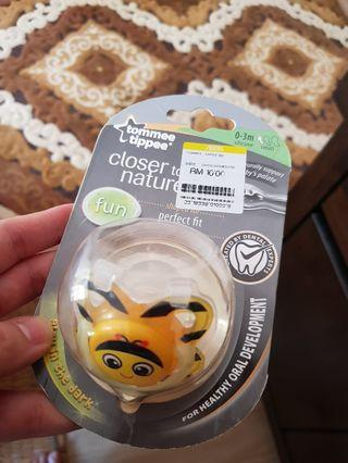 Tommi Tippee pacifier