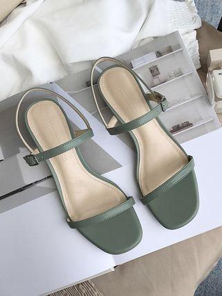 🚚 Nice Girl Sandals