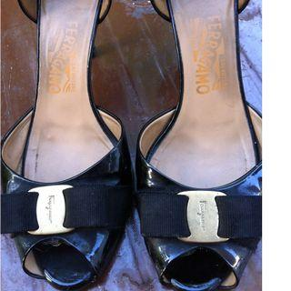 Genuine Salvatore Ferragamo stiletto heels Size 40 or 25 1/2. Made in Florence Italy. Only $10