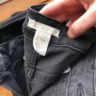 H&M black skinny jeans. Fit like new.